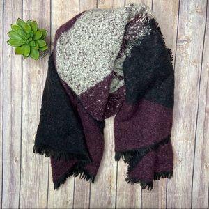Boucle Colorblock Scarf Black Purple Gray